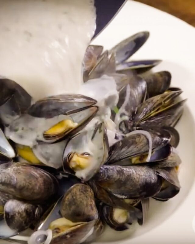 Mussels – Moules Marinières