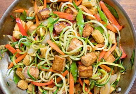 Stir Fried Zoodles and Vegetables with Tofu