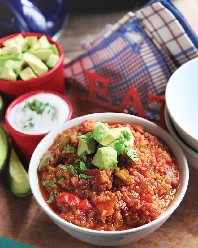 Quinoa Chili with Kidney Beans