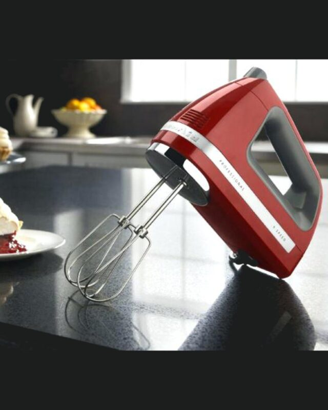 9-Speed Digital Hand Mixer with Turbo Beater