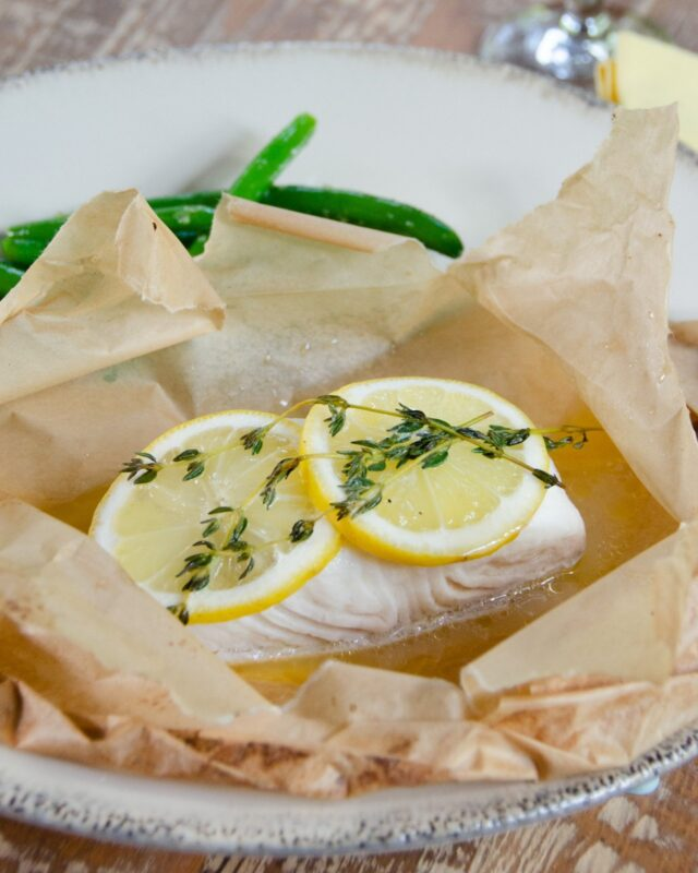 Halibut en Papillote with Lemon and White Wine