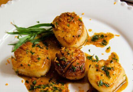 Pan-Seared Scallops with Orange Tarragon Sauce