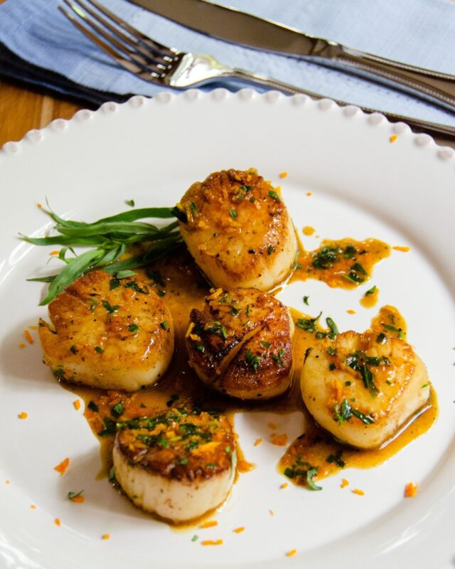Pan-Seared Scallops with Orange Tarragon Sauce
