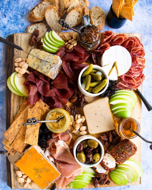 How to Build a Cheese & Meat Board